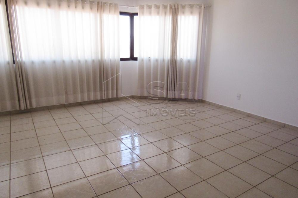 Alugar Apartamento / Padrão em Botucatu apenas R$ 2.000,00 - Foto 4