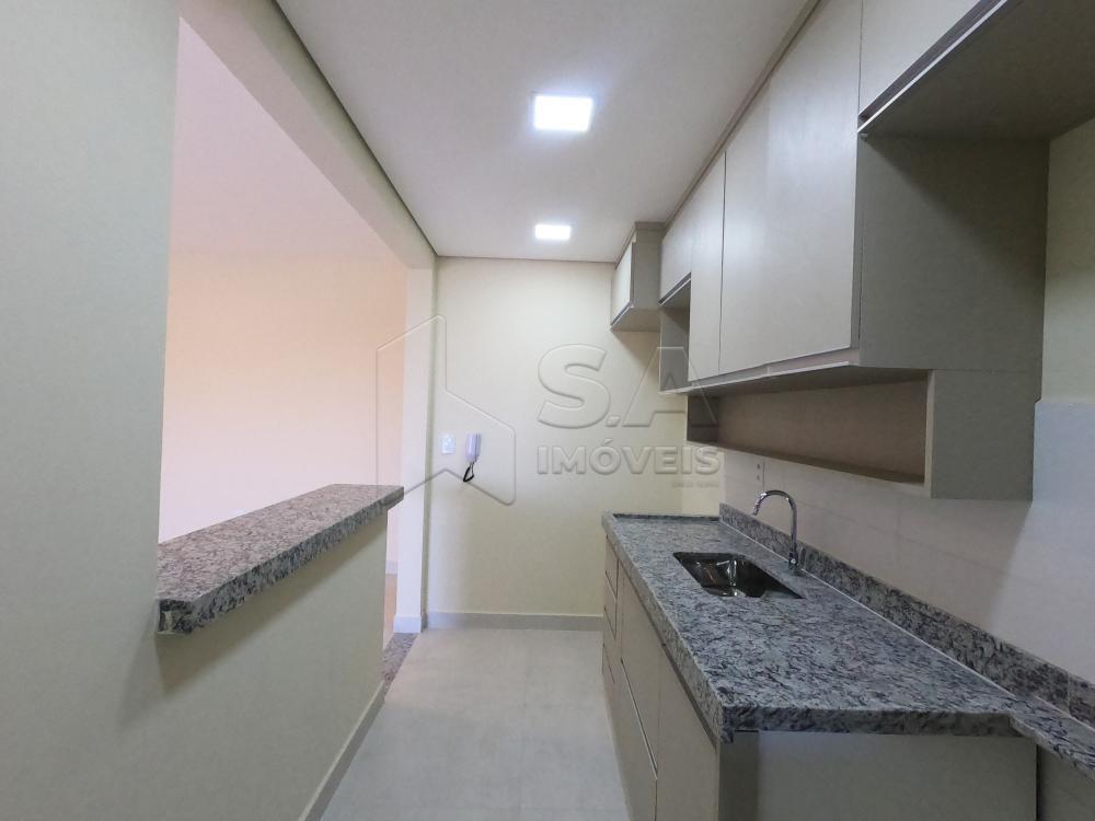 Alugar Apartamento / Padrão em Botucatu apenas R$ 1.800,00 - Foto 4