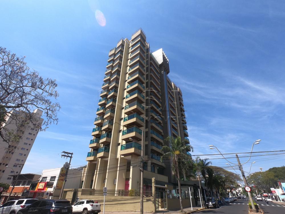 Alugar Apartamento / Padrão em Botucatu apenas R$ 2.100,00 - Foto 1