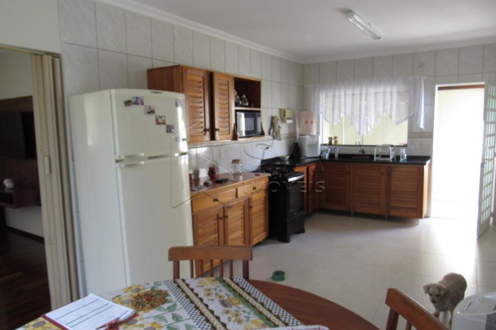 Comprar Casa / Padrão em Botucatu apenas R$ 450.000,00 - Foto 1
