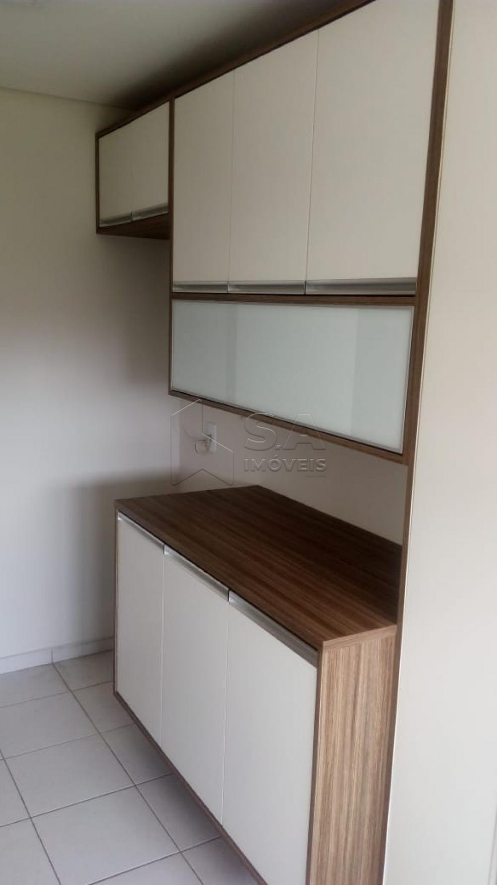 Alugar Apartamento / Padrão em Botucatu apenas R$ 2.000,00 - Foto 9