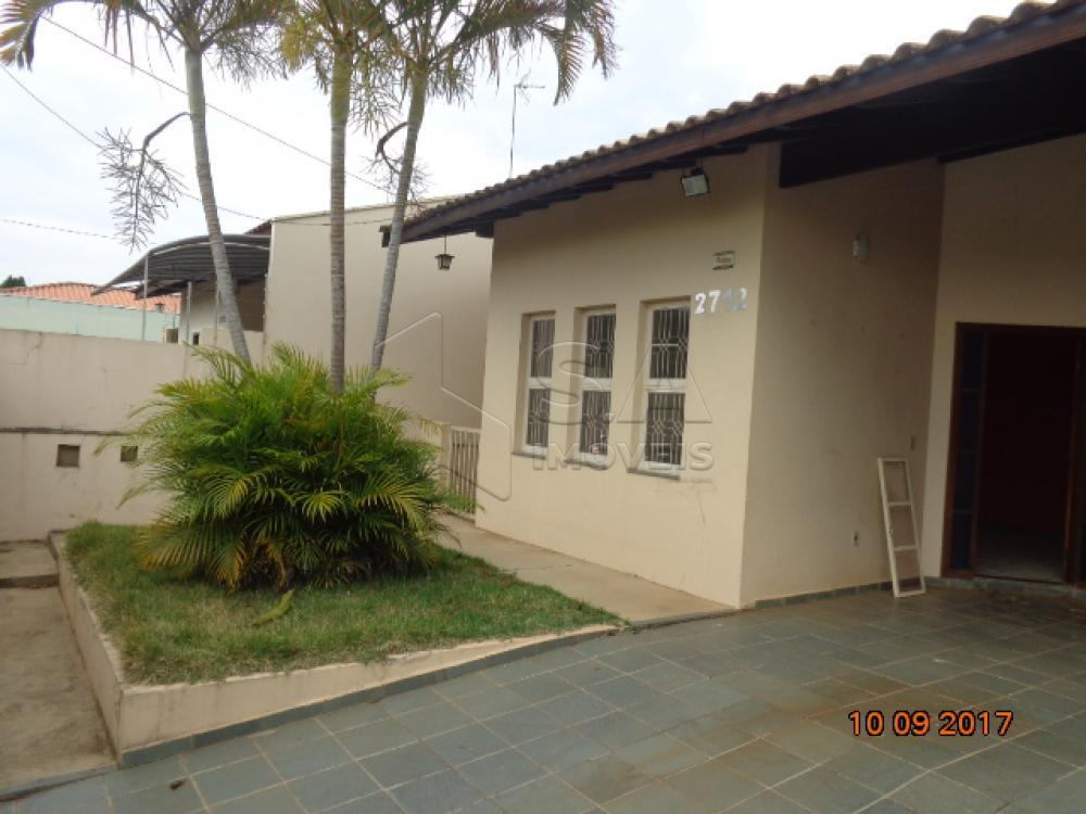 Alugar Casa / Padrão em Botucatu apenas R$ 1.400,00 - Foto 1