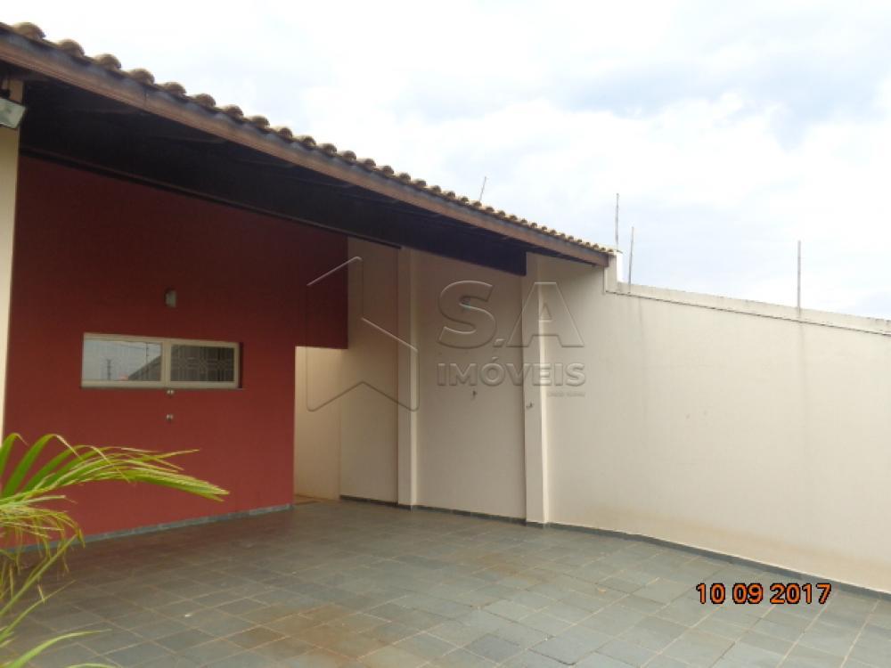 Alugar Casa / Padrão em Botucatu apenas R$ 1.400,00 - Foto 3