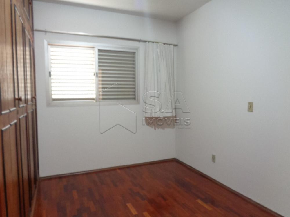 Alugar Apartamento / Padrão em Botucatu R$ 1.300,00 - Foto 18