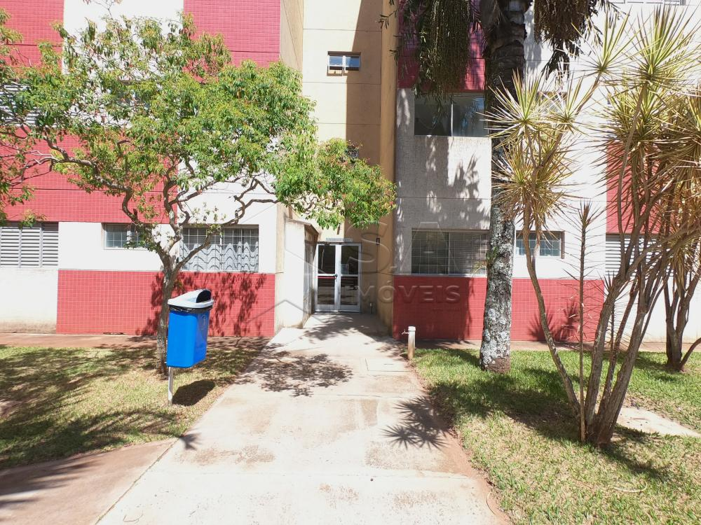 Alugar Apartamento / Padrão em Botucatu apenas R$ 450,00 - Foto 6
