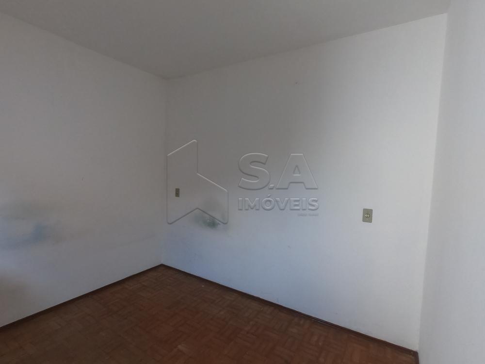 Alugar Casa / Padrão em Botucatu R$ 2.500,00 - Foto 31