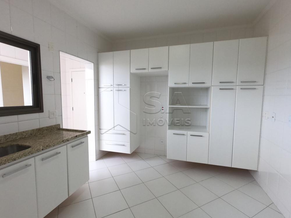 Alugar Apartamento / Padrão em Botucatu apenas R$ 2.200,00 - Foto 3