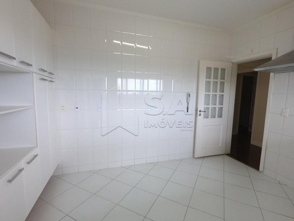Alugar Apartamento / Padrão em Botucatu apenas R$ 2.200,00 - Foto 4