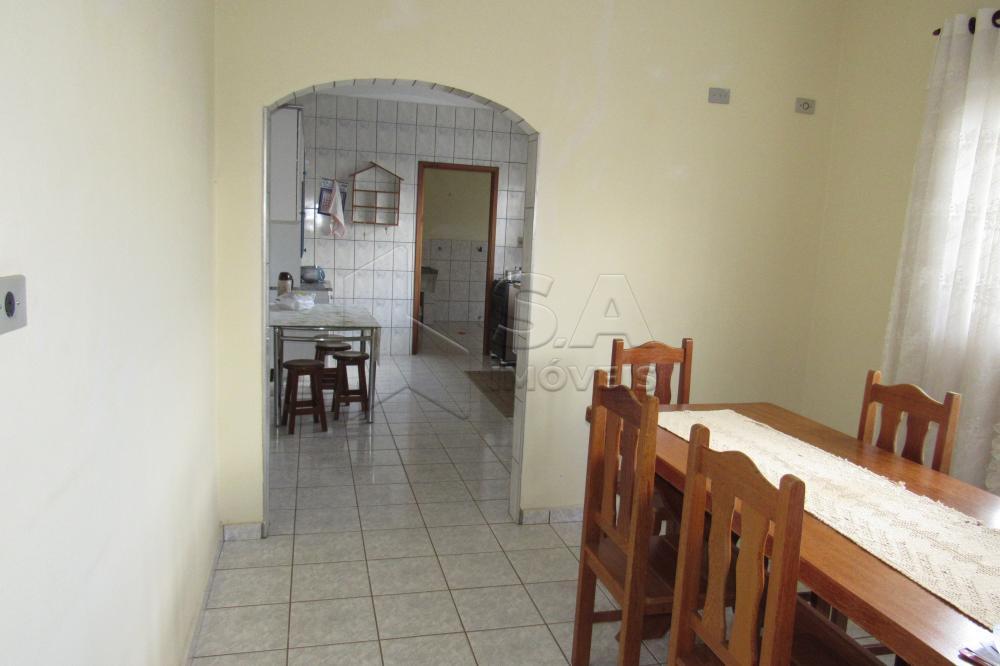 Alugar Casa / Padrão em Botucatu apenas R$ 800,00 - Foto 4