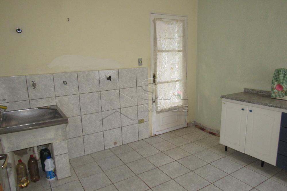 Alugar Casa / Padrão em Botucatu apenas R$ 800,00 - Foto 5