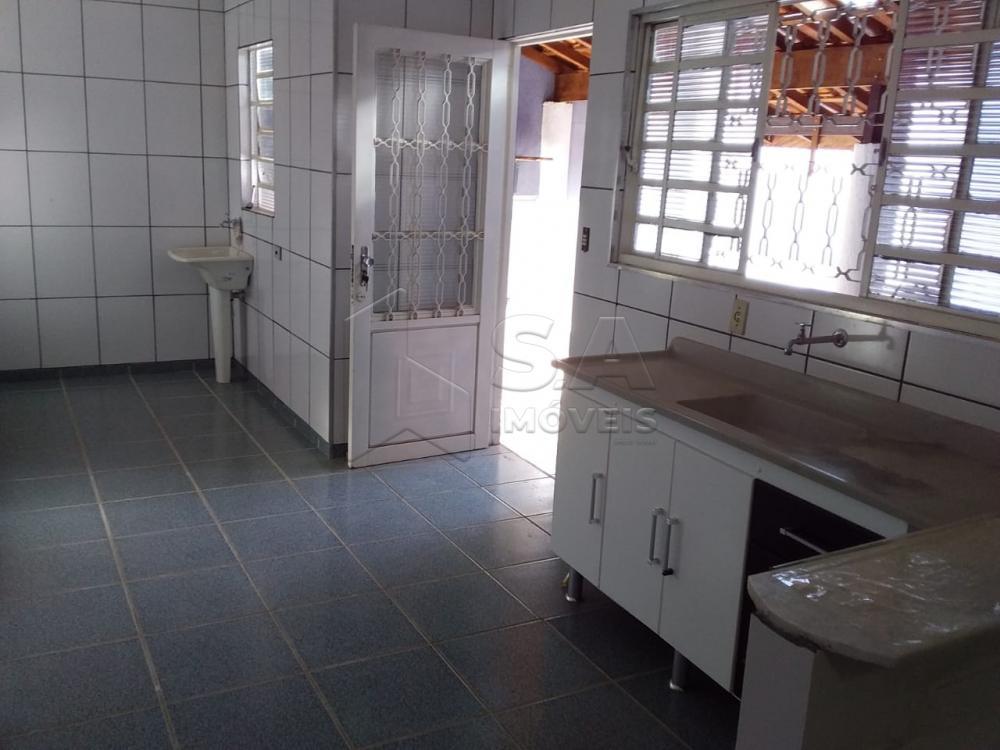 Alugar Casa / Padrão em Botucatu apenas R$ 800,00 - Foto 17