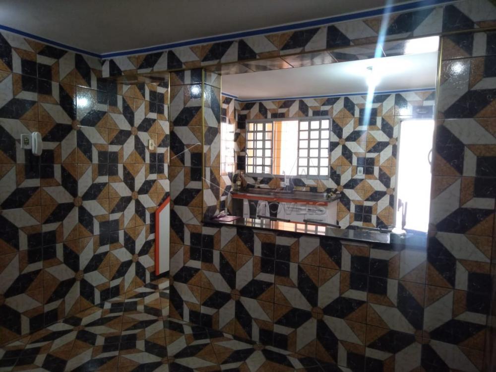 Alugar Casa / Padrão em Botucatu apenas R$ 3.500,00 - Foto 9