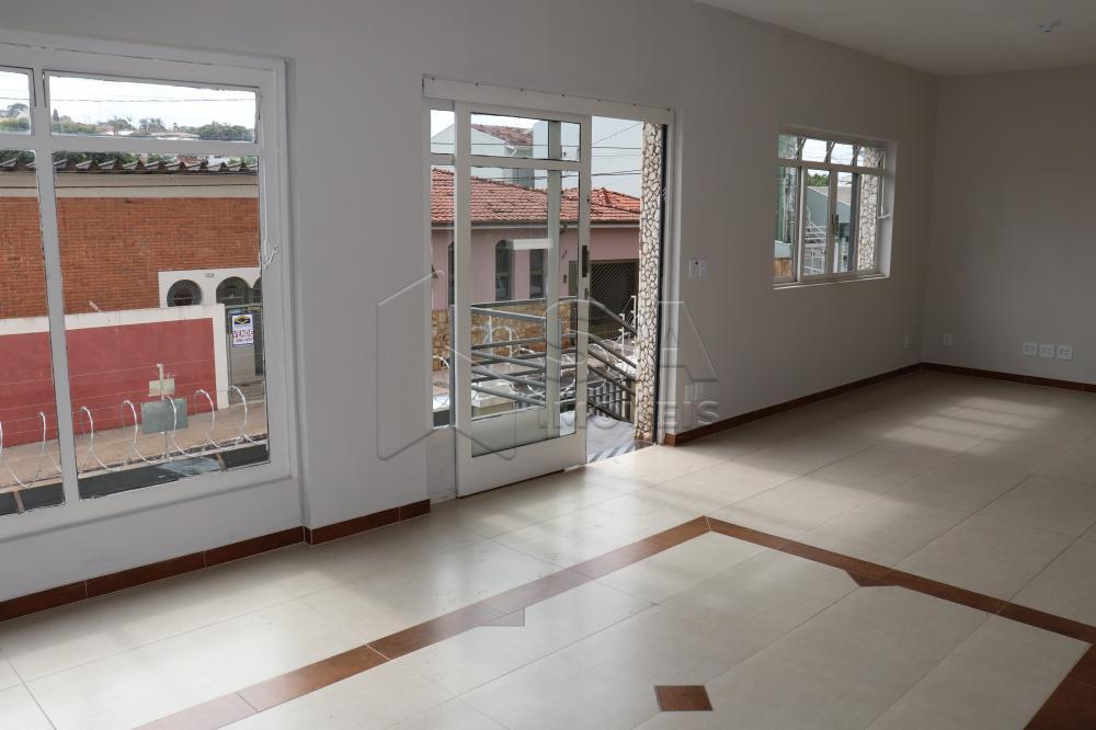 Alugar Casa / Padrão em Botucatu apenas R$ 2.300,00 - Foto 2