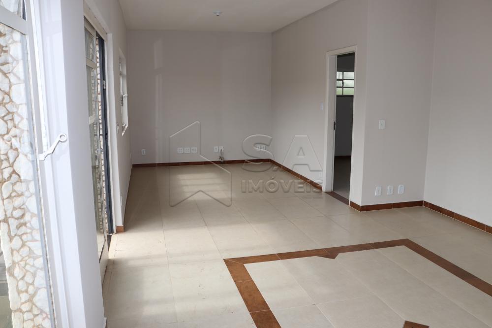 Alugar Casa / Padrão em Botucatu apenas R$ 2.300,00 - Foto 4