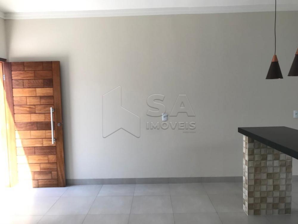 Comprar Casa / Padrão em Botucatu apenas R$ 240.000,00 - Foto 1