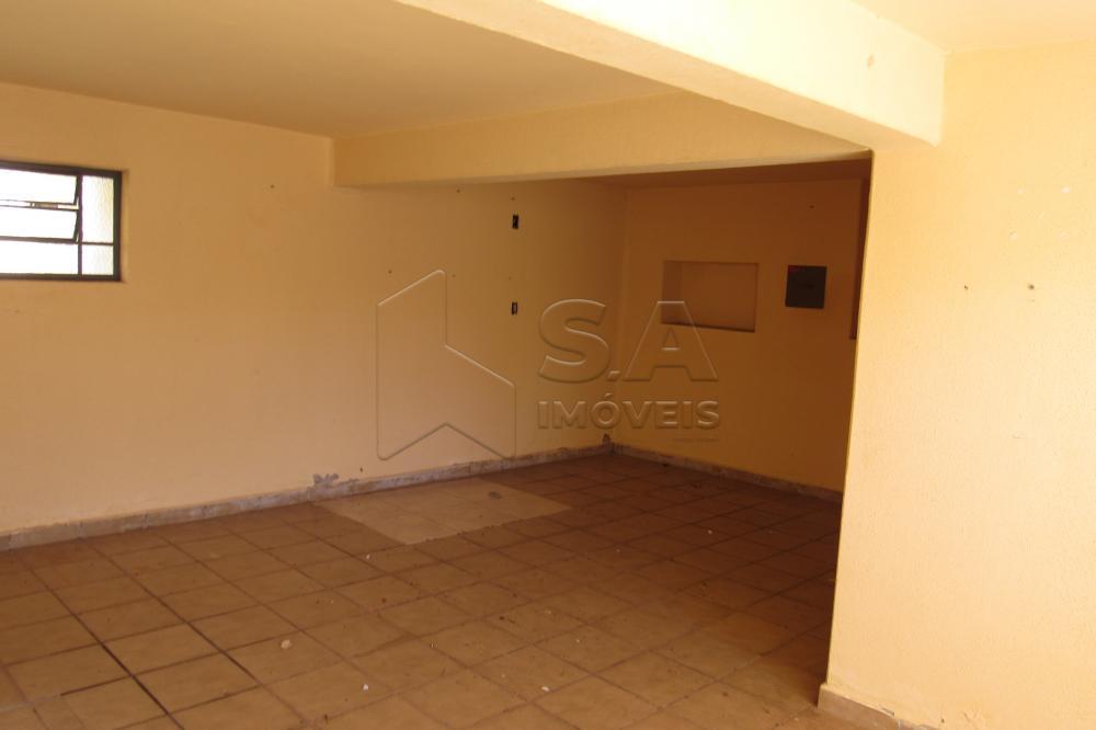 Alugar Casa / Padrão em Botucatu apenas R$ 2.200,00 - Foto 2