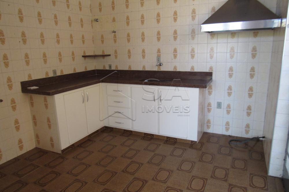 Alugar Casa / Padrão em Botucatu apenas R$ 2.200,00 - Foto 5