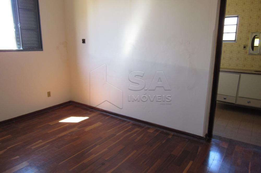 Alugar Casa / Padrão em Botucatu apenas R$ 2.200,00 - Foto 9