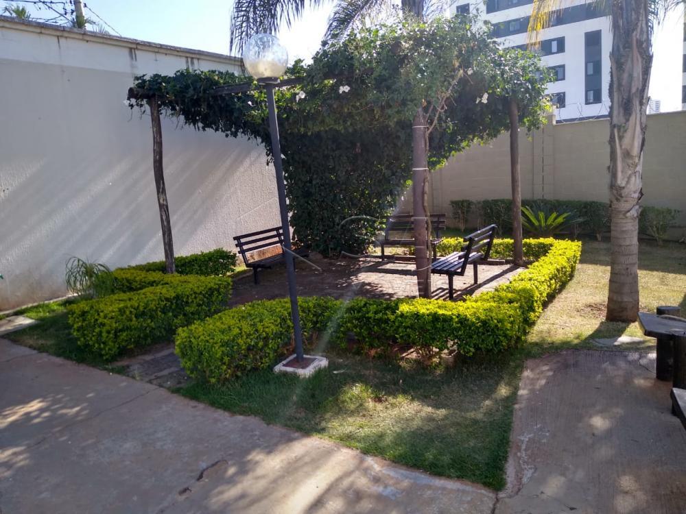 Comprar Apartamento / Padrão em Botucatu R$ 140.000,00 - Foto 20