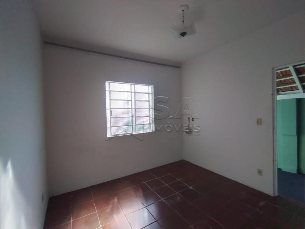 Alugar Casa / Padrão em Botucatu apenas R$ 850,00 - Foto 5
