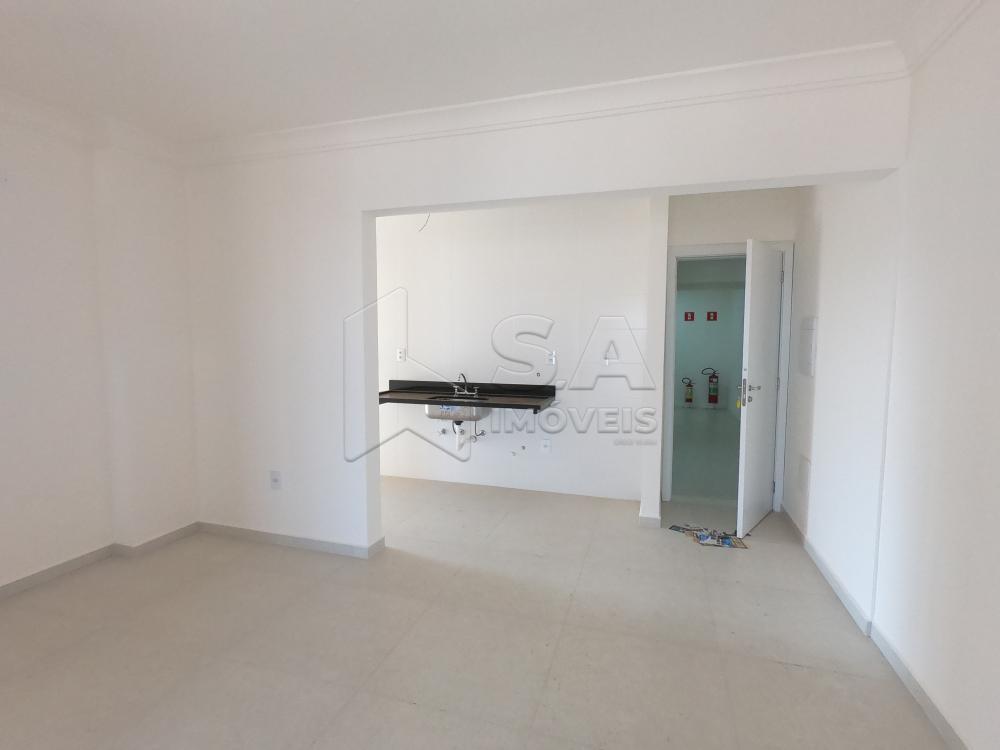 Comprar Apartamento / Padrão em Botucatu apenas R$ 540.000,00 - Foto 2