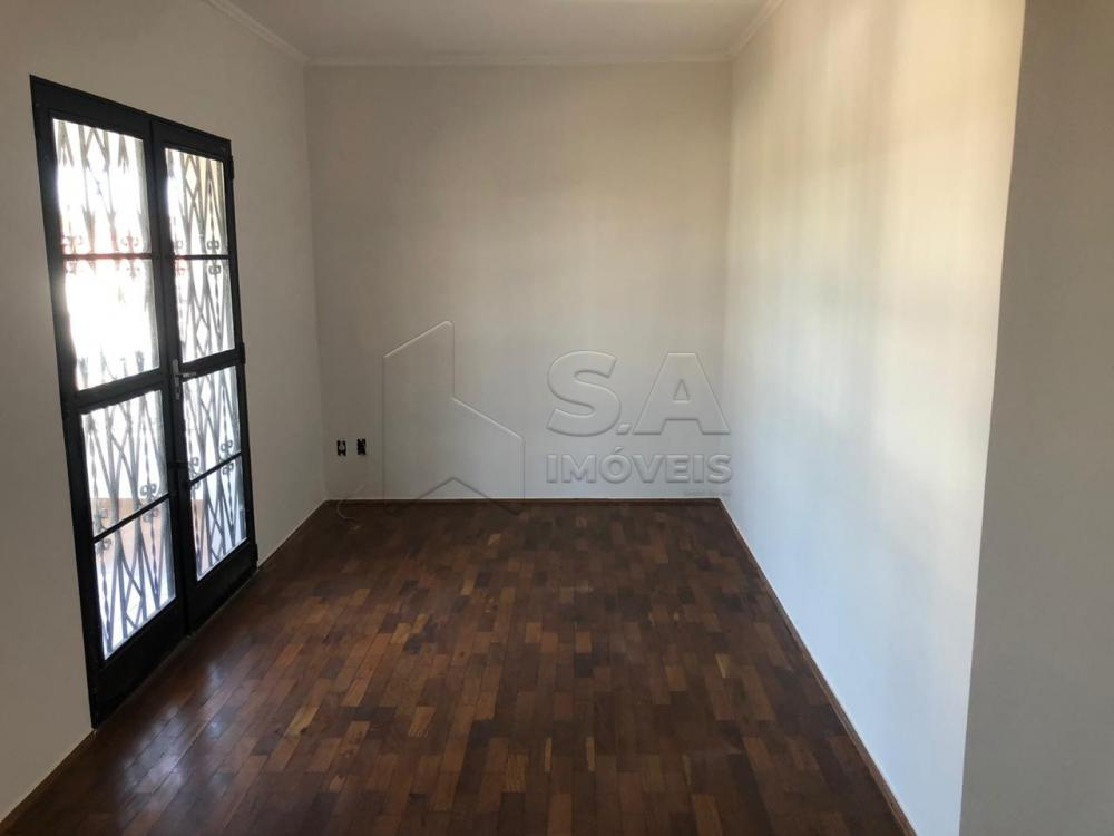 Alugar Casa / Padrão em Botucatu apenas R$ 1.600,00 - Foto 3
