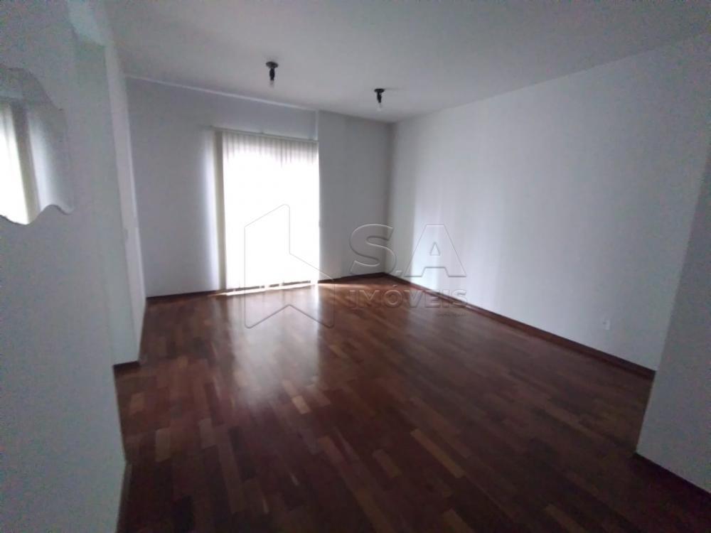 Alugar Apartamento / Padrão em Botucatu apenas R$ 700,00 - Foto 3