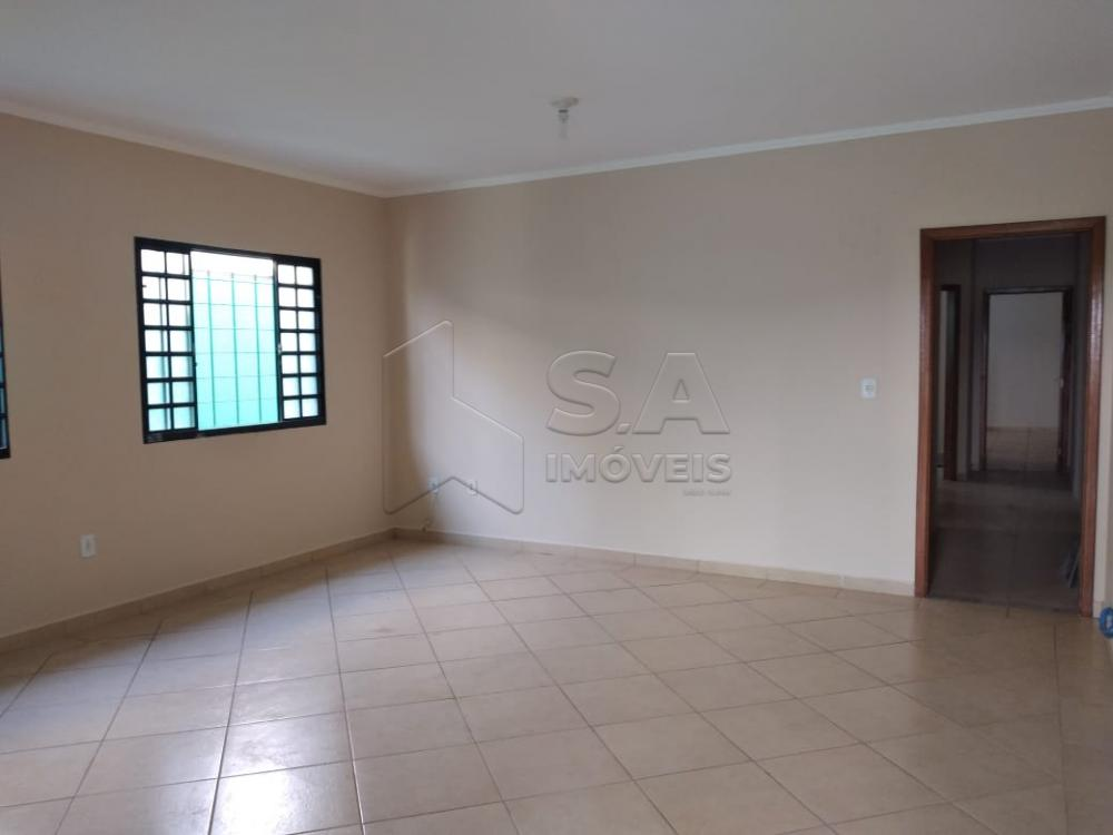 Alugar Casa / Padrão em Botucatu apenas R$ 1.500,00 - Foto 4