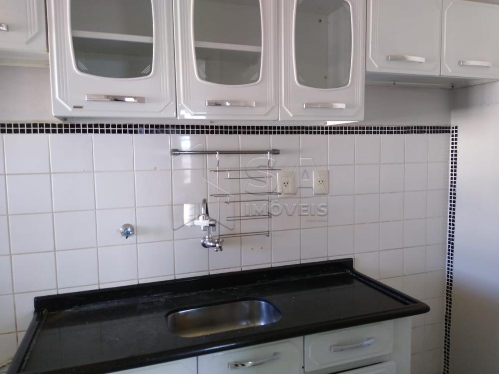 Alugar Apartamento / Padrão em Botucatu apenas R$ 850,00 - Foto 3