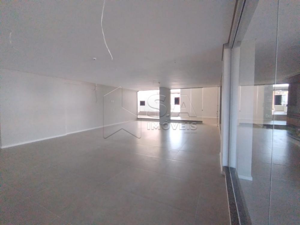 Alugar Comercial / Sala em Botucatu R$ 2.000,00 - Foto 2