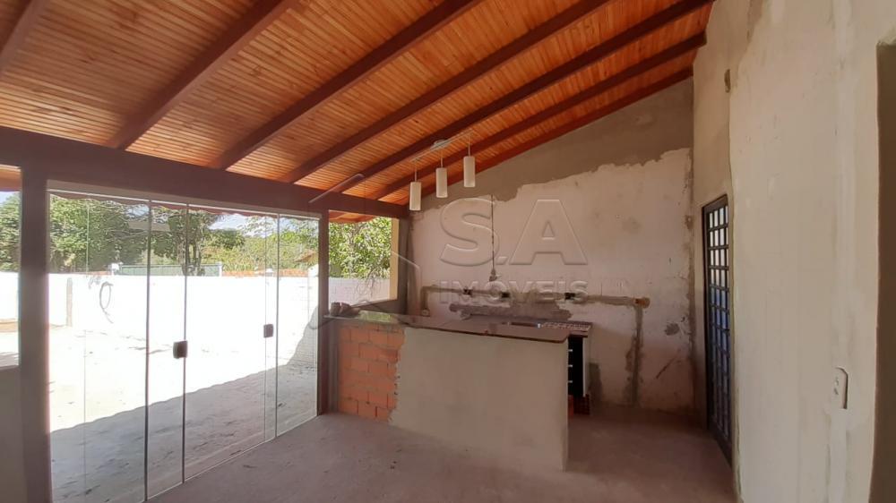 Alugar Casa / Padrão em Botucatu apenas R$ 850,00 - Foto 3