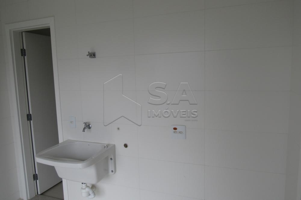 Alugar Apartamento / Padrão em Botucatu R$ 3.000,00 - Foto 8
