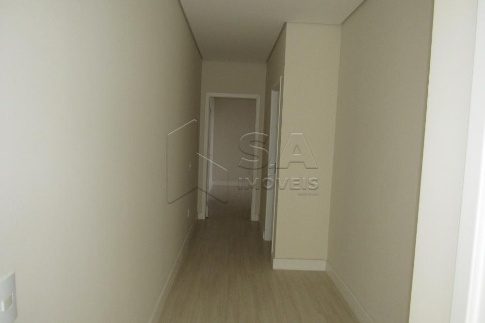 Alugar Apartamento / Padrão em Botucatu R$ 3.000,00 - Foto 11