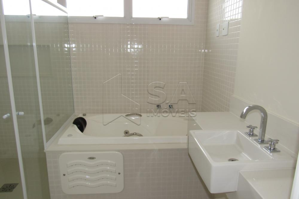 Alugar Apartamento / Padrão em Botucatu R$ 3.000,00 - Foto 16