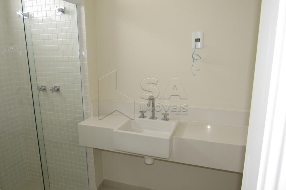 Alugar Apartamento / Padrão em Botucatu R$ 3.000,00 - Foto 18