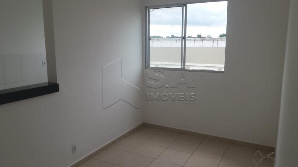 Comprar Apartamento / Padrão em Botucatu R$ 130.000,00 - Foto 2