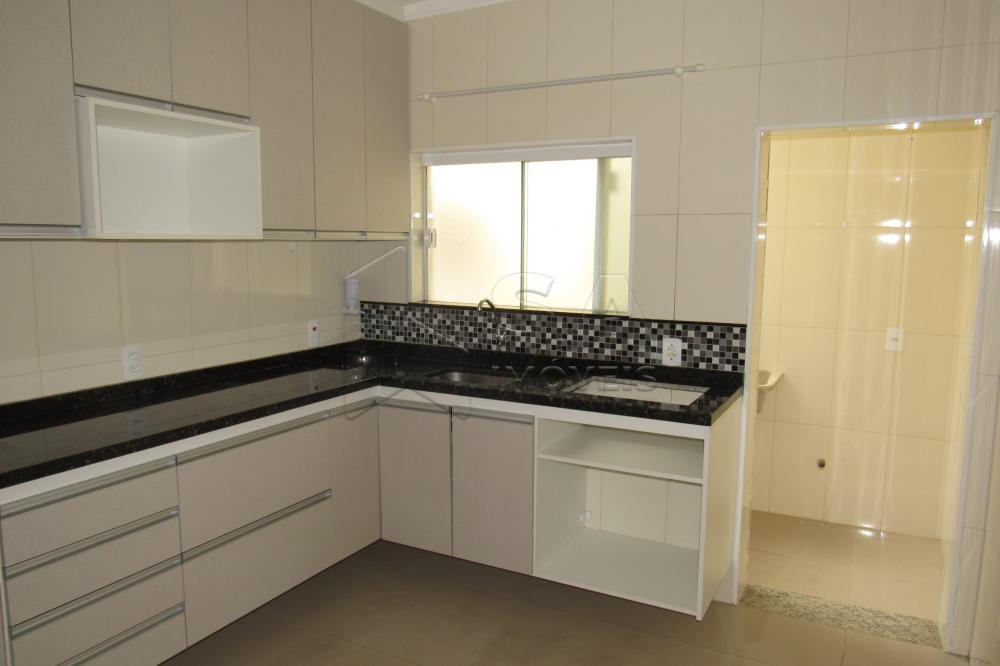 Comprar Apartamento / Padrão em Botucatu apenas R$ 265.000,00 - Foto 4