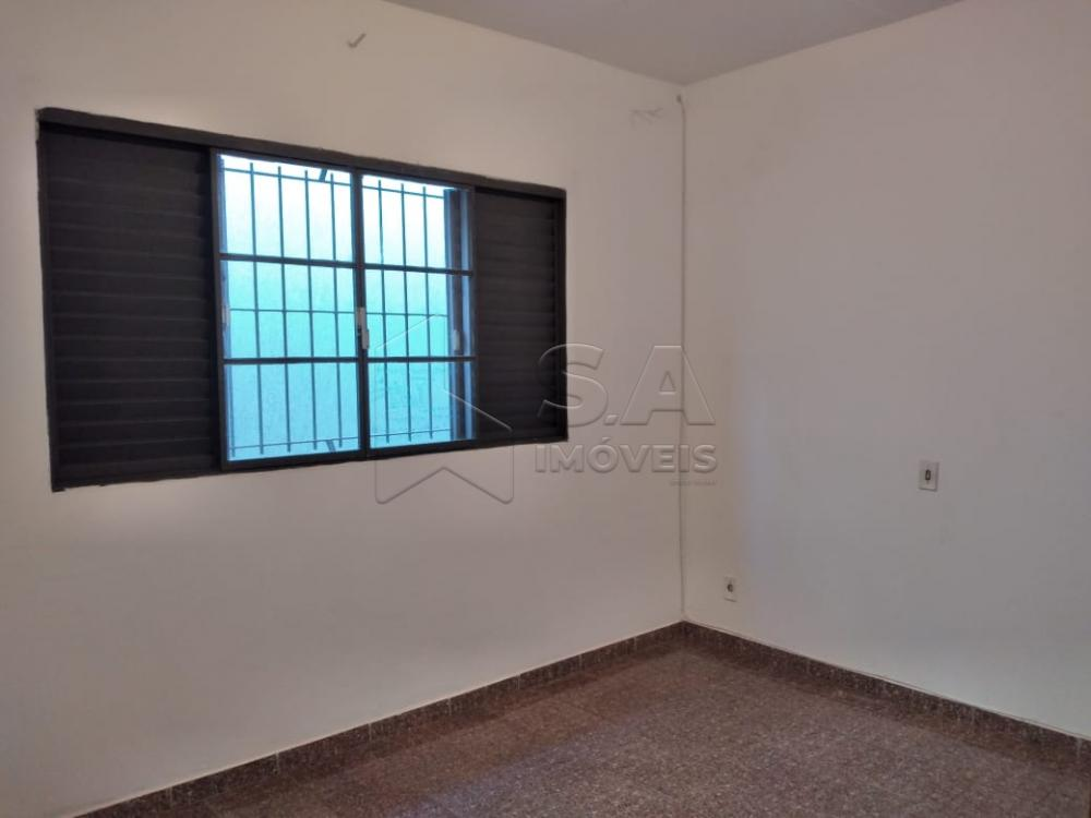 Alugar Casa / Padrão em Botucatu R$ 1.300,00 - Foto 7