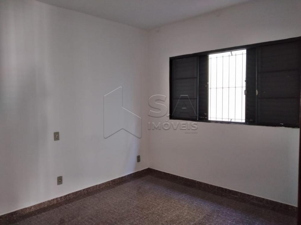 Alugar Casa / Padrão em Botucatu R$ 1.300,00 - Foto 9