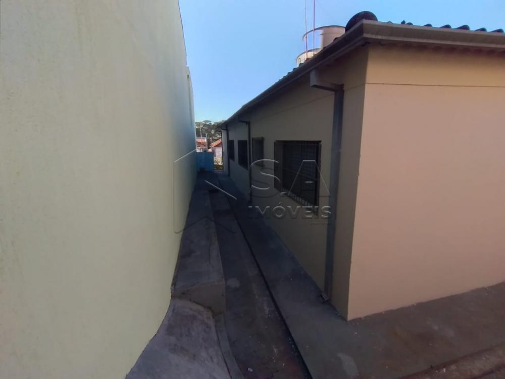 Alugar Casa / Padrão em Botucatu R$ 1.300,00 - Foto 14