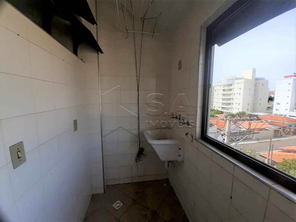 Alugar Apartamento / Padrão em Botucatu R$ 1.000,00 - Foto 8