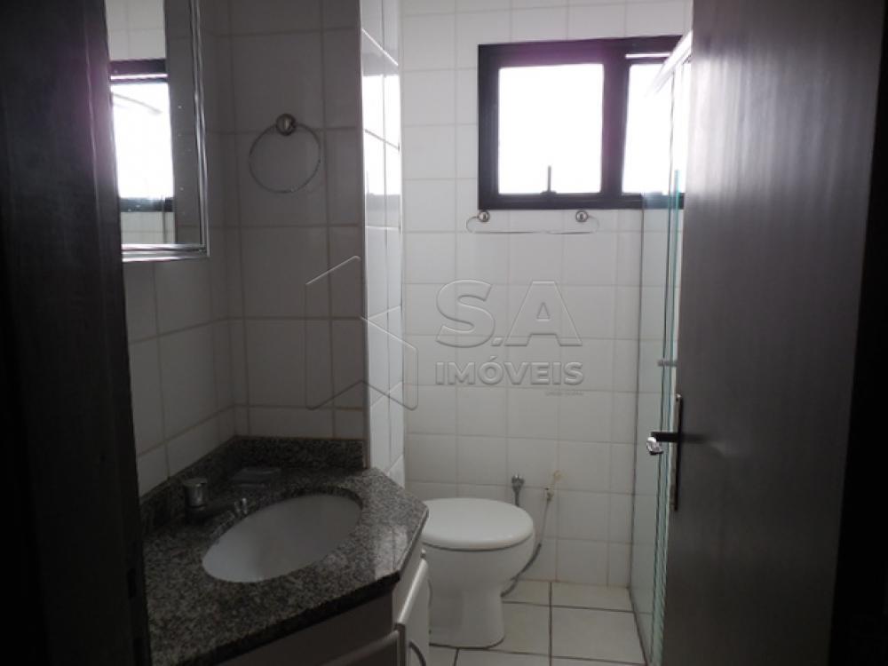 Alugar Apartamento / Padrão em Botucatu R$ 1.400,00 - Foto 13