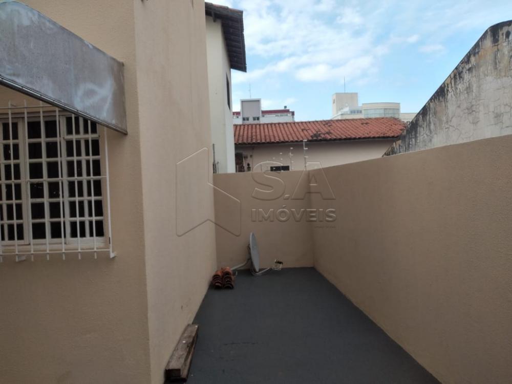 Alugar Casa / Sobrado em Botucatu R$ 1.200,00 - Foto 2