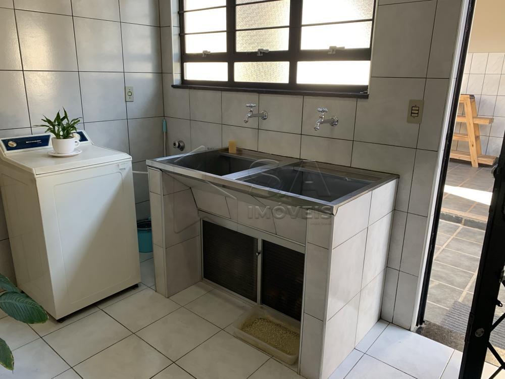 Comprar Casa / Padrão em Botucatu R$ 695.000,00 - Foto 9
