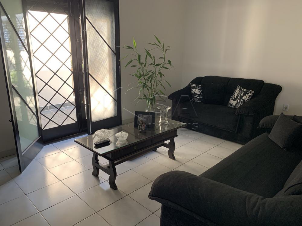 Comprar Casa / Padrão em Botucatu R$ 695.000,00 - Foto 11