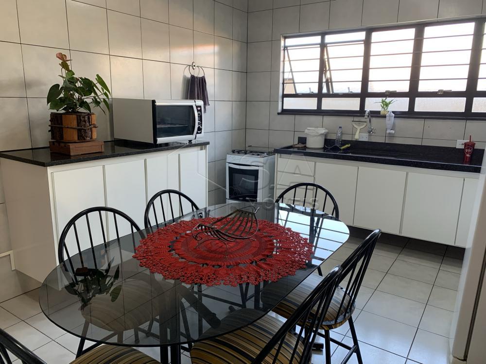Comprar Casa / Padrão em Botucatu R$ 695.000,00 - Foto 13