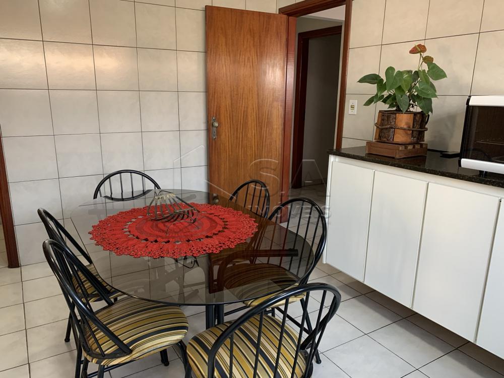 Comprar Casa / Padrão em Botucatu R$ 695.000,00 - Foto 14