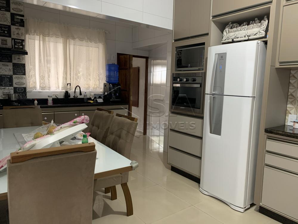 Comprar Casa / Padrão em Botucatu R$ 450.000,00 - Foto 3