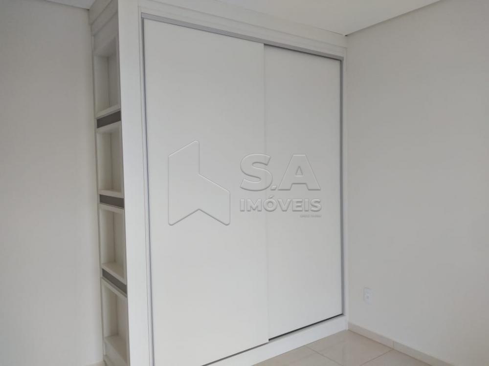 Alugar Apartamento / Padrão em Botucatu R$ 2.000,00 - Foto 8