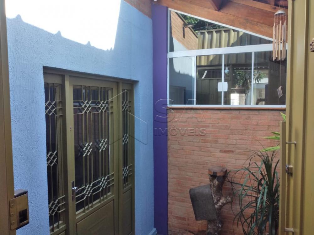 Alugar Comercial / Ponto Comercial em Botucatu R$ 2.000,00 - Foto 2